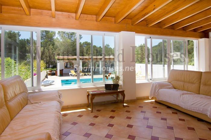 13-villa-for-sale-in-santa-eulalia-del-rio-ibiza