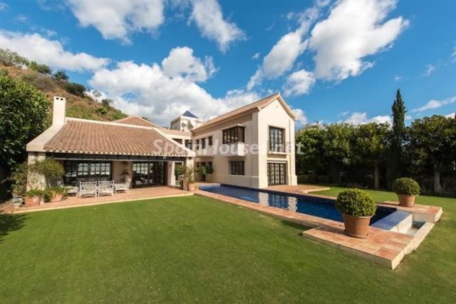 132 - Exclusive Villa for Sale in Benahavis, Costa del Sol