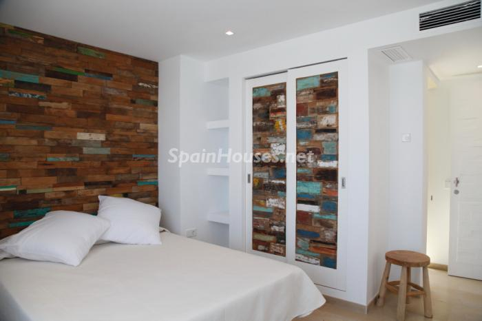 1327 - Modern Style Villa for Sale in Ibiza (Baleares)