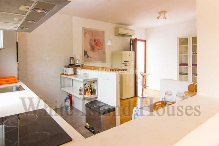 1330 - White and Minimalist Villa for Sale in Ibiza, Balearic Islands
