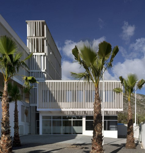 1338189607 07911m 011 474x500 - Modern Architecture in Oropesa del Mar