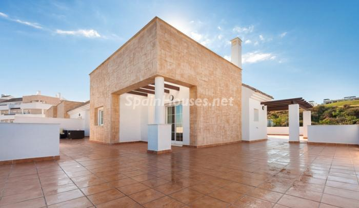 14. Apartment for sale in Alcaidesa - Spectacular Apartment for Sale in Alcaidesa,  Cádiz