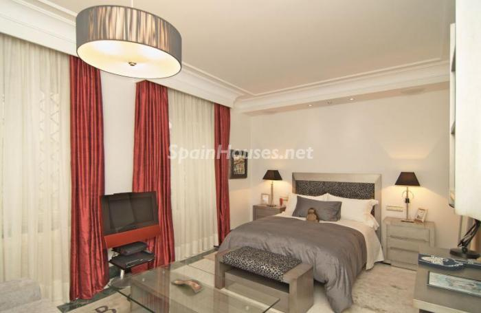 14. Apartment for sale in Salamanca - Luxurious Apartment for Sale in Madrid City
