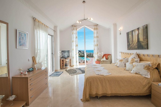 14. Detached villa for sale in Benalmádena Costa (Málaga)