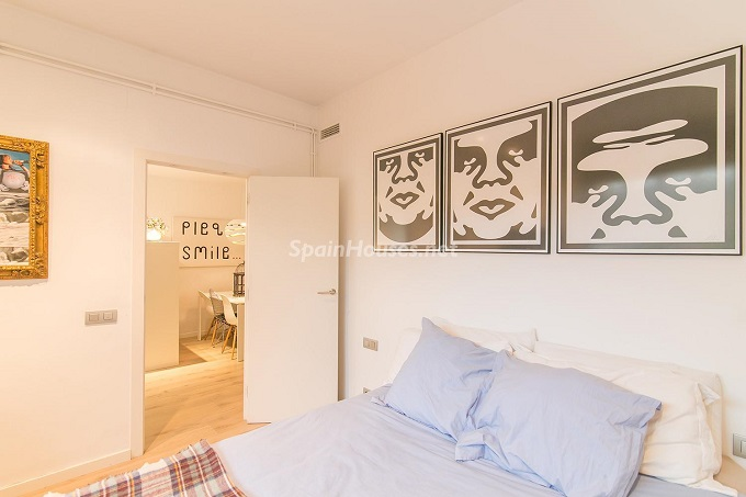 14. Flat for sale in Barcelona 1 - For Sale: 3 Bedroom Apartment in Barcelona City