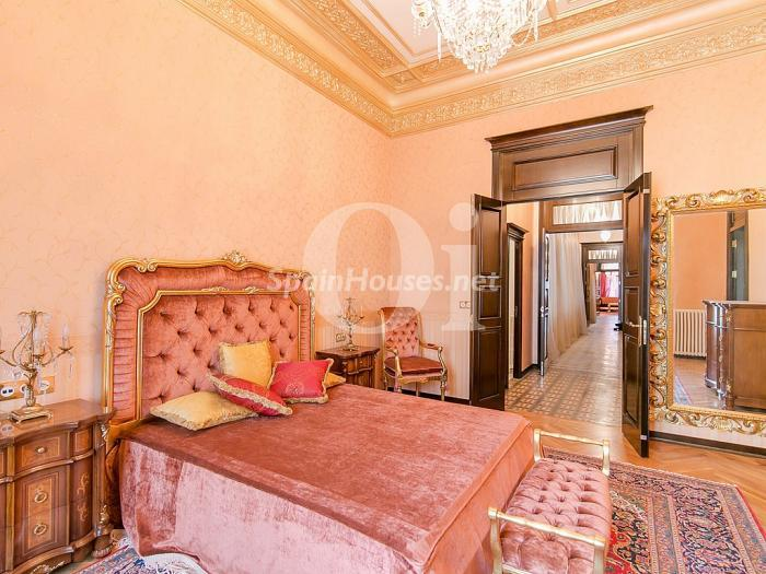 14. Flat for sale in Barcelona - On the market: Super Luxury Home in Barcelona City Centre