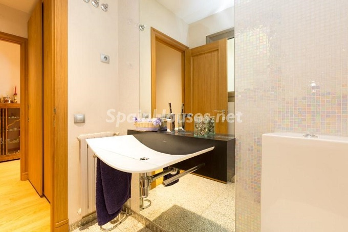 14. Home in Gràcia Barcelona - For Sale: Terraced house in the heart of Barcelona city