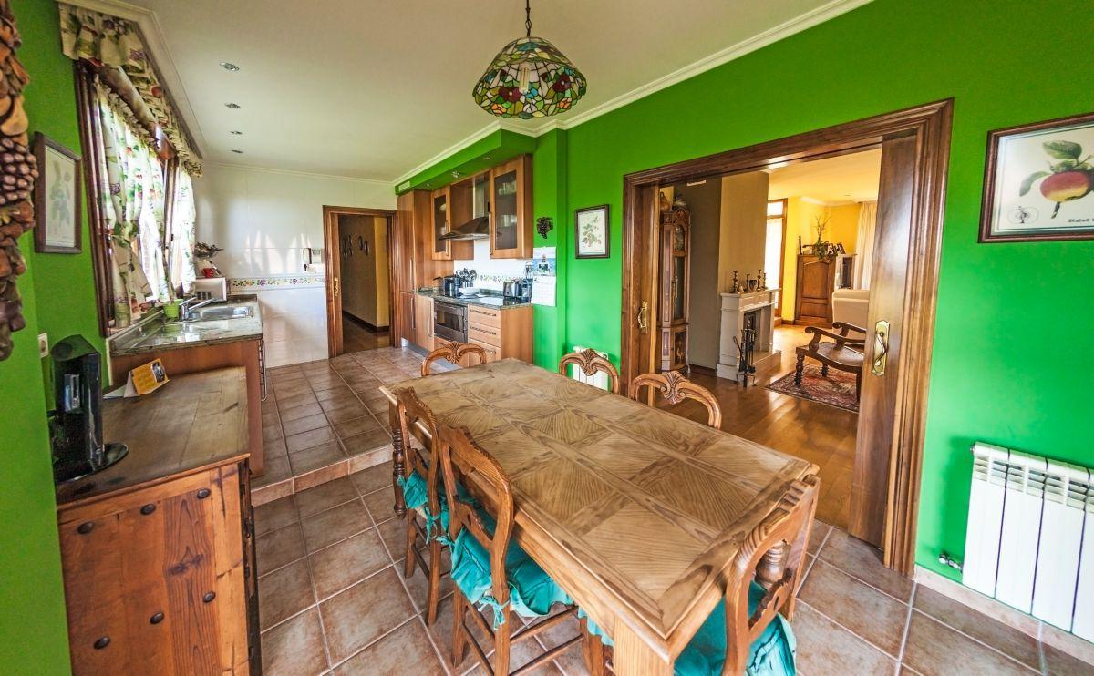 14. House for sale in Gijón - For Sale: 5 Bedroom House in Gijón (Asturias) with Outstanding Garden
