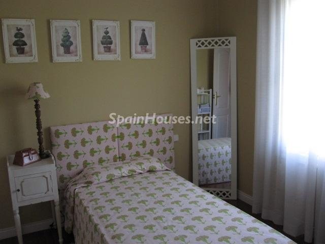 14. House for sale in Madrid - Classic Style Chalet for Sale in Boadilla del Monte, Madrid