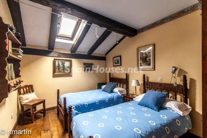 14. House in Cabuérniga Cantabria - For Sale: Rustic Stone House in Cabuérniga, Cantabria