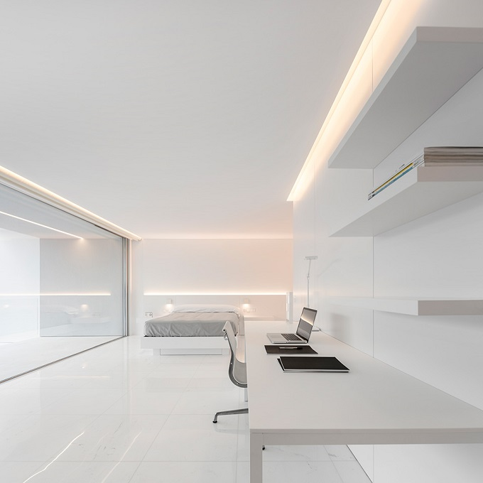 14. House in Paterna by Fran Silvestre Arquitectos - Ultramodern House in Paterna, Valencia, by Fran Silvestre Arquitectos