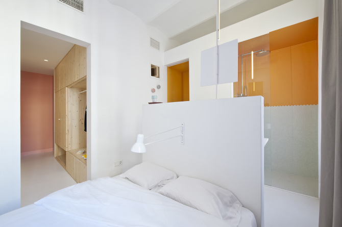 14. Tyche Apartment Barcelona - Renovated Apartment in Barcelona by CaSA Architecture