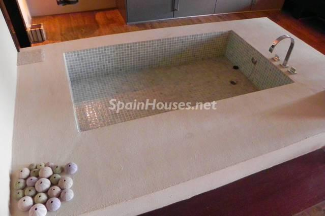14. Villa for sale in La Herradura Granada - For Sale: Unique Villa in La Herradura, Granada