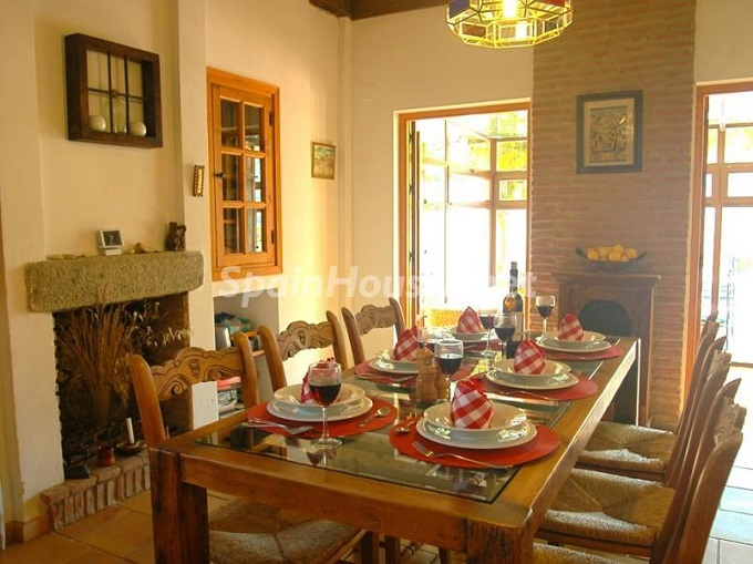 14. Villa for sale in Lecrín (Granada)