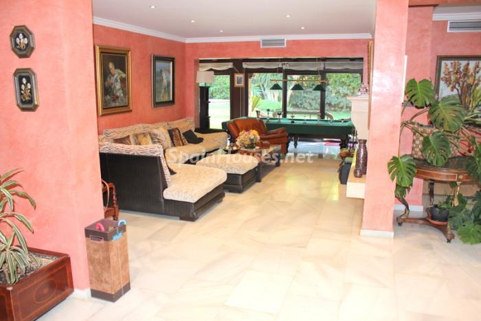 1425 - Fantastic Villa For Sale in Torremolinos, Málaga