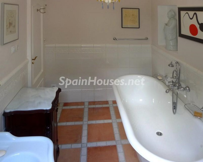 15. House for sale in Granada 3 - For Sale: House in Granada with unbeatable views to the Alhambra