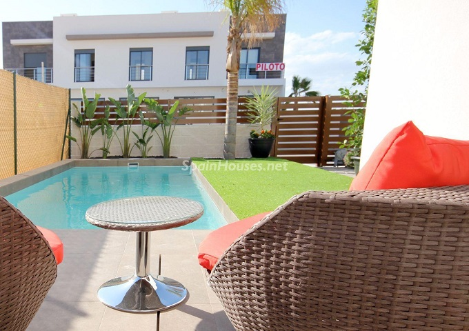 15. House for sale in San Fulgencio 1 - For Sale: Bran New House in San Fulgencio, Alicante