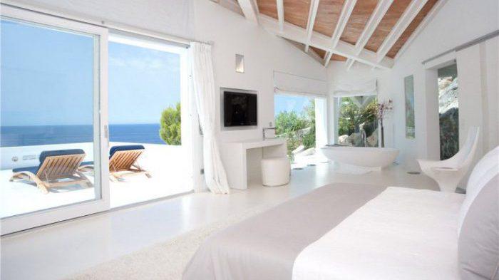 15. House in Andratx Mallorca by Alberto Rubio e1485360855807 - Stunning House in Andratx, Mallorca, by architect Alberto Rubio