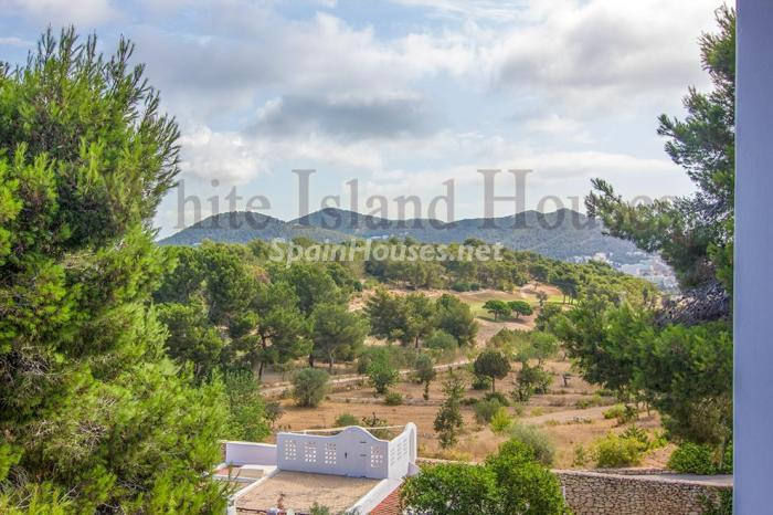 15. Penthouse duplex for sale in Santa Eulalia del Río - For Sale: Penthouse Duplex in Santa Eulalia del Río, Balearic Islands