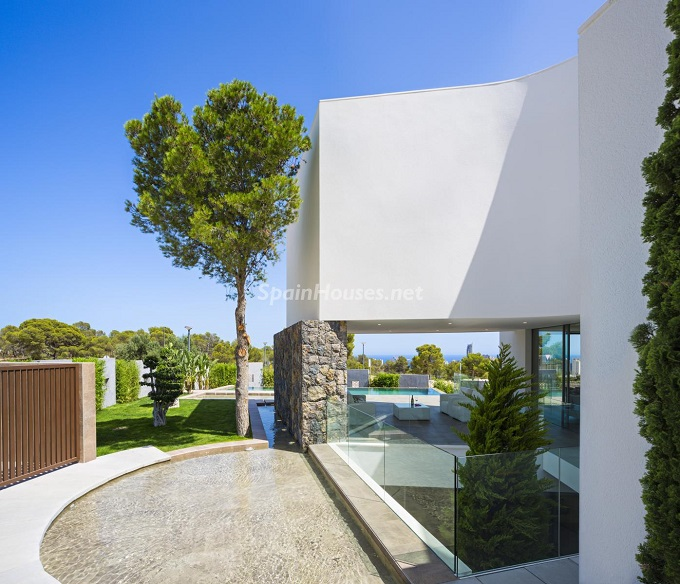 15-villa-in-finestrat-alicante-designed-by-gestec