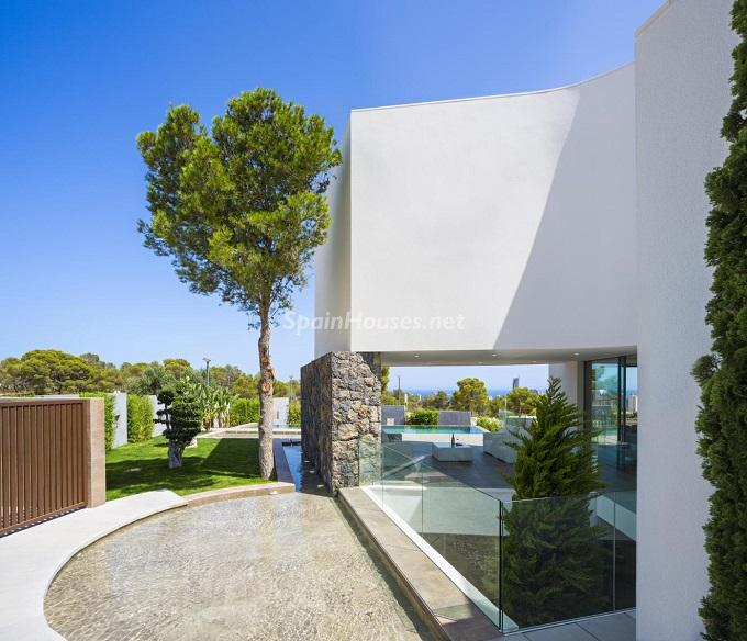 15. Villa in Finestrat Alicante designed by Gestec - Modern Villa in Finestrat, Alicante, designed by GESTEC