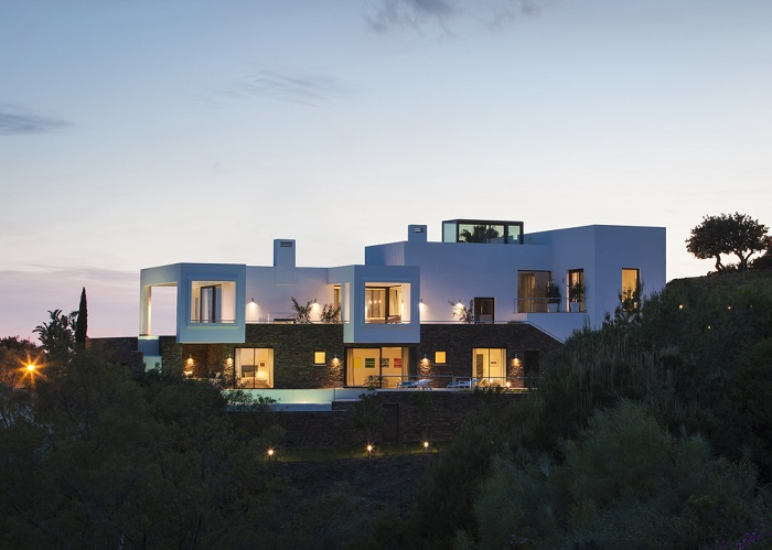15. Villa in Marbella by Yeregui Arquitectos 1 - Contemporary Dwelling in Marbella by Yeregui Arquitectos