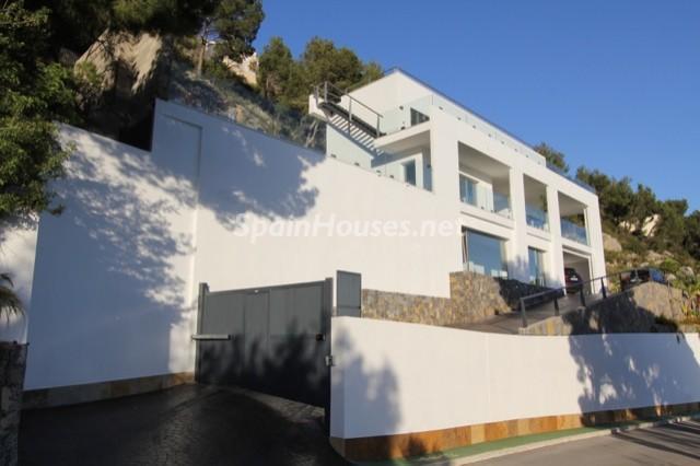 156 - Minimalist Home for Sale in Altea, Alicante