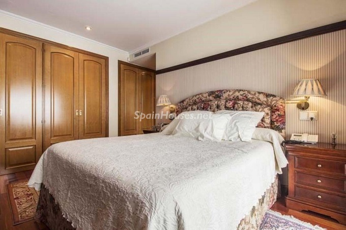 16. Apartment for sale in Madrid city - For Sale: Spacious 3 Bedroom Apartment in Madrid