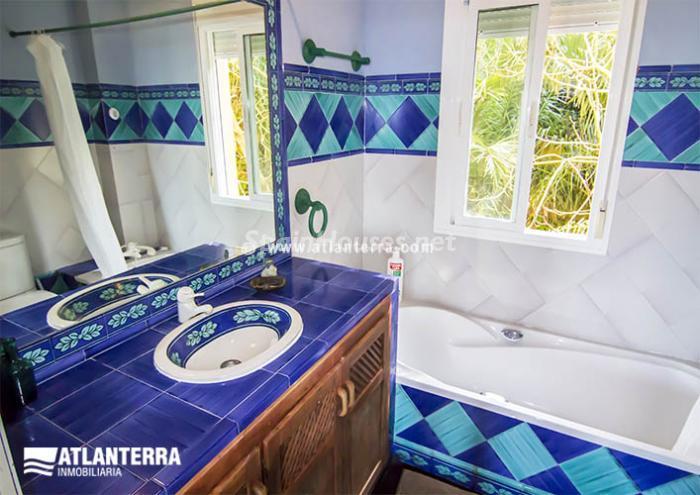 16. Detached villa for sale in Zahara de los Atunes (Cádiz)