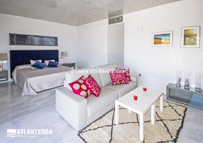 16. Detached villa for sale in Zahara de los Atunes