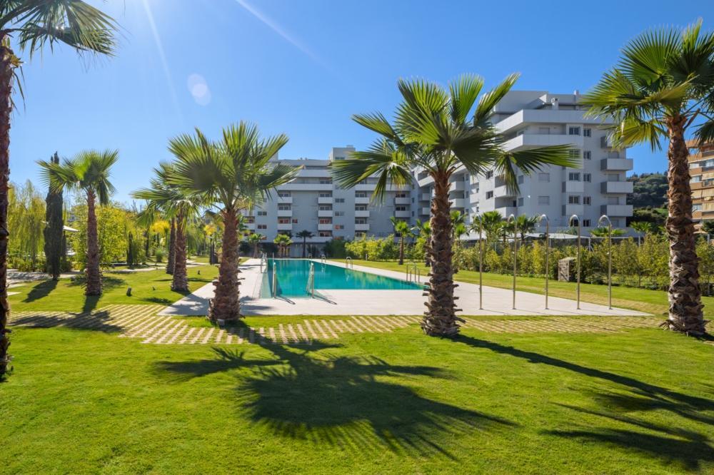 16. Flat for sale in Fuengirola Málaga - Beautiful Apartment For Sale in Fuengirola, Málaga