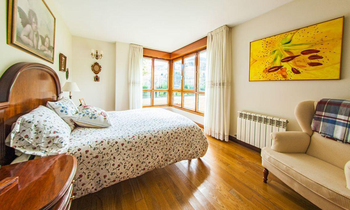 16. House for sale in Gijón - For Sale: 5 Bedroom House in Gijón (Asturias) with Outstanding Garden