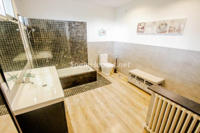 16. House for sale in Madrid4 - On the Market: Outstanding House in Madrid City