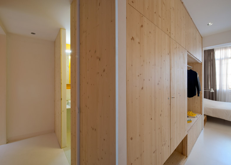 16. Tyche Apartment Barcelona - Renovated Apartment in Barcelona by CaSA Architecture