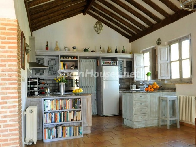 16. Villa for sale in Lecrín Granada - For Sale: Country Villa in Lecrín, Granada
