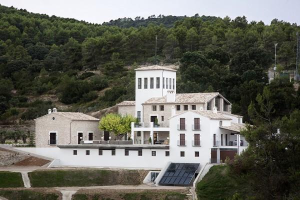 166 - La Hedrera, in Alicante, by Hernández Arquitectos