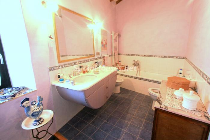 17. Estate for sale in Vilamacolum Girona - On the Market: Beautiful Estate For Sale in Vilamacolum, Girona
