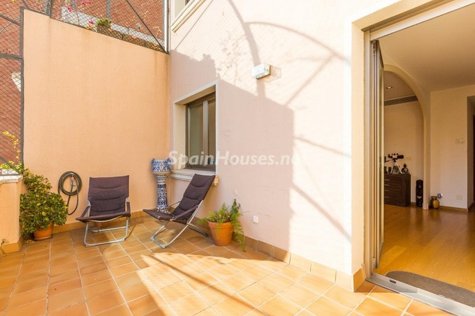 17. Home in Gràcia Barcelona - For Sale: Terraced house in the heart of Barcelona city