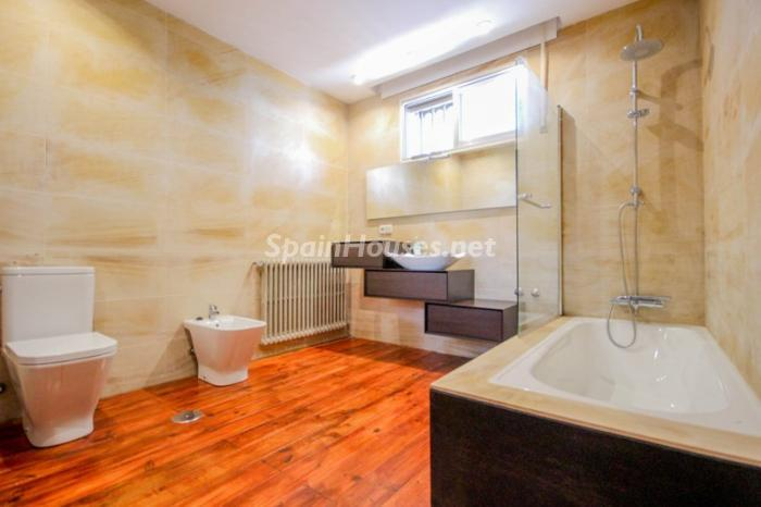 17. House for sale in Madrid3 - On the Market: Outstanding House in Madrid City