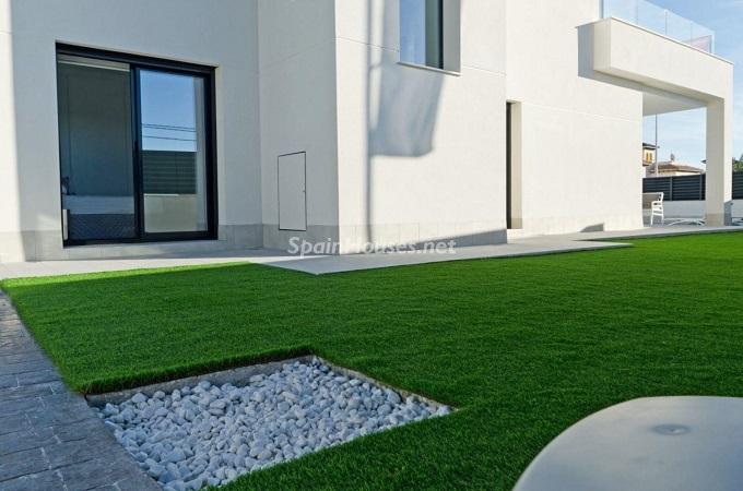 17. House for sale in Santa Pola (Alicante)
