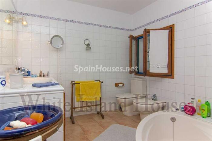 17. House in Sant Antoni de Portmany - Mediterranean Style House for Sale in Sant Antoni de Portmany, Ibiza