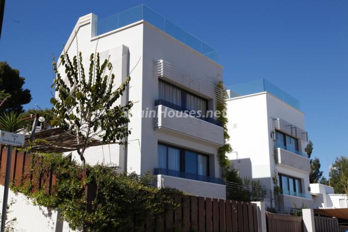 1712 - Modern Style Villa for Sale in Ibiza (Baleares)