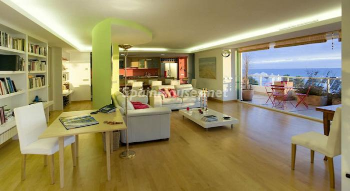 176 - Luxury Apartment for Sale in Marbella, Malaga