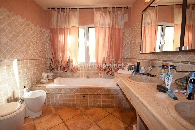 18. House for sale in Albir - For Sale: 4 Bedroom House in Albir, Alicante