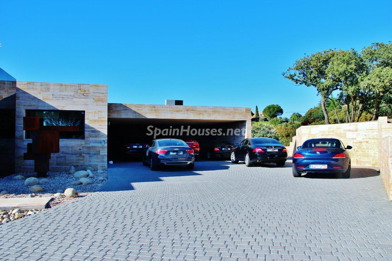 18. House for sale in Las Rozas de Madrid 1 - Luxury Villa for Sale in Las Rozas de Madrid