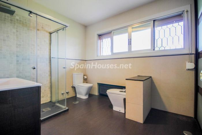 18. House for sale in Madrid