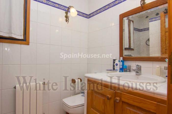 18. House in Sant Antoni de Portmany - Mediterranean Style House for Sale in Sant Antoni de Portmany, Ibiza