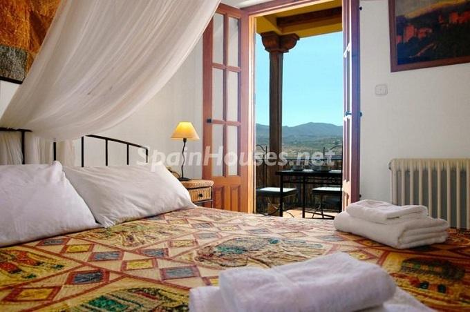 18. Villa for sale in Lecrín (Granada)