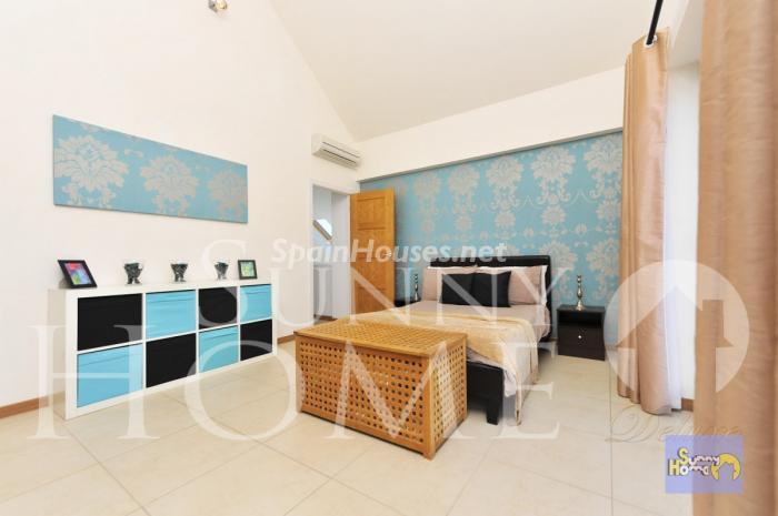 18. Villa for sale in Mijas Costa - For Sale: Detached Villa in Mijas Costa (Málaga)