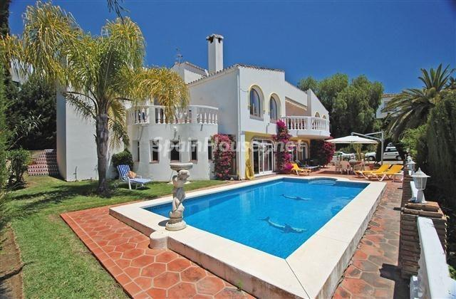 182 - Large Detached House for Sale in Benalmadena, Costa del Sol